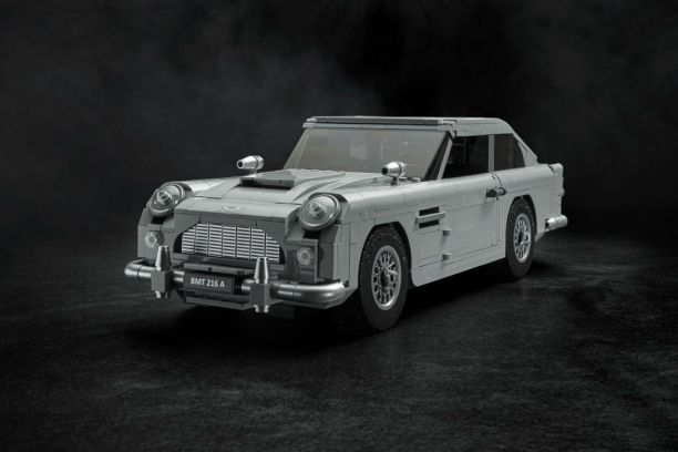 l 39 aston martin db5 lego en 1 295 pi ces l 39 argus. Black Bedroom Furniture Sets. Home Design Ideas
