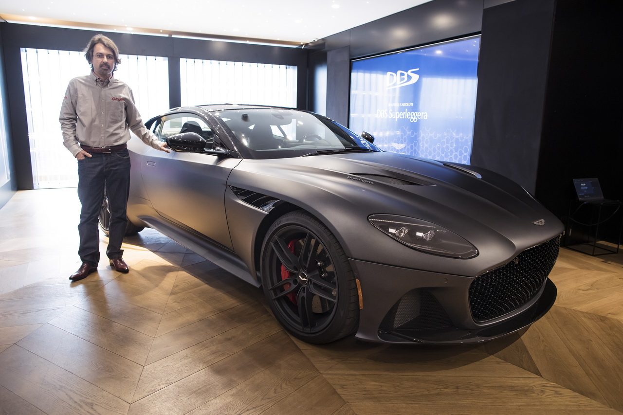 aston martin dbs superleggera impressions bord de la super db11 photo 1 l 39 argus. Black Bedroom Furniture Sets. Home Design Ideas