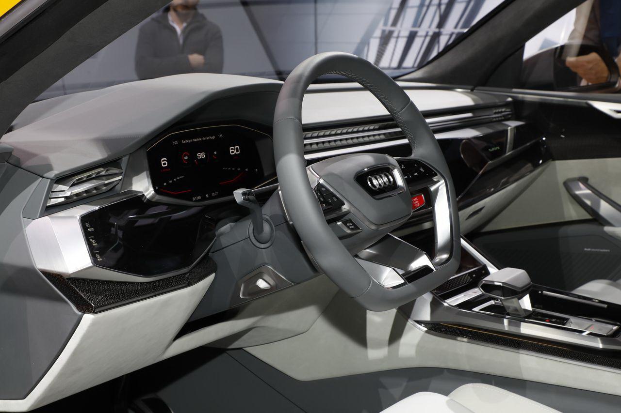 les meilleurs concept cars du salon de gen ve 2017 audi q8 sport concept l 39 argus. Black Bedroom Furniture Sets. Home Design Ideas