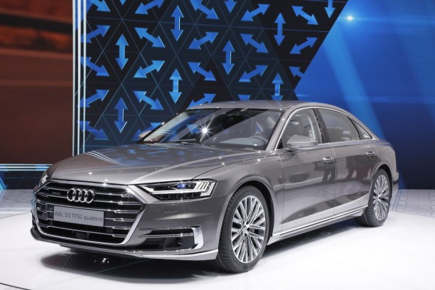 audi a8 2017 premi re apparition de la nouvelle a8 l 39 argus. Black Bedroom Furniture Sets. Home Design Ideas