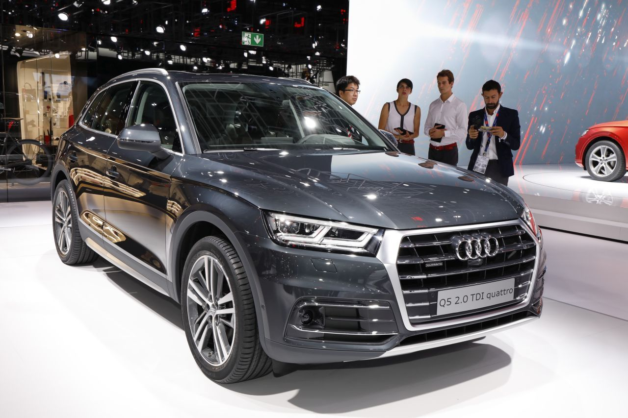 audi q5 au mondial 2016 premi res impressions bord du nouveau q5 photo 3 l 39 argus. Black Bedroom Furniture Sets. Home Design Ideas