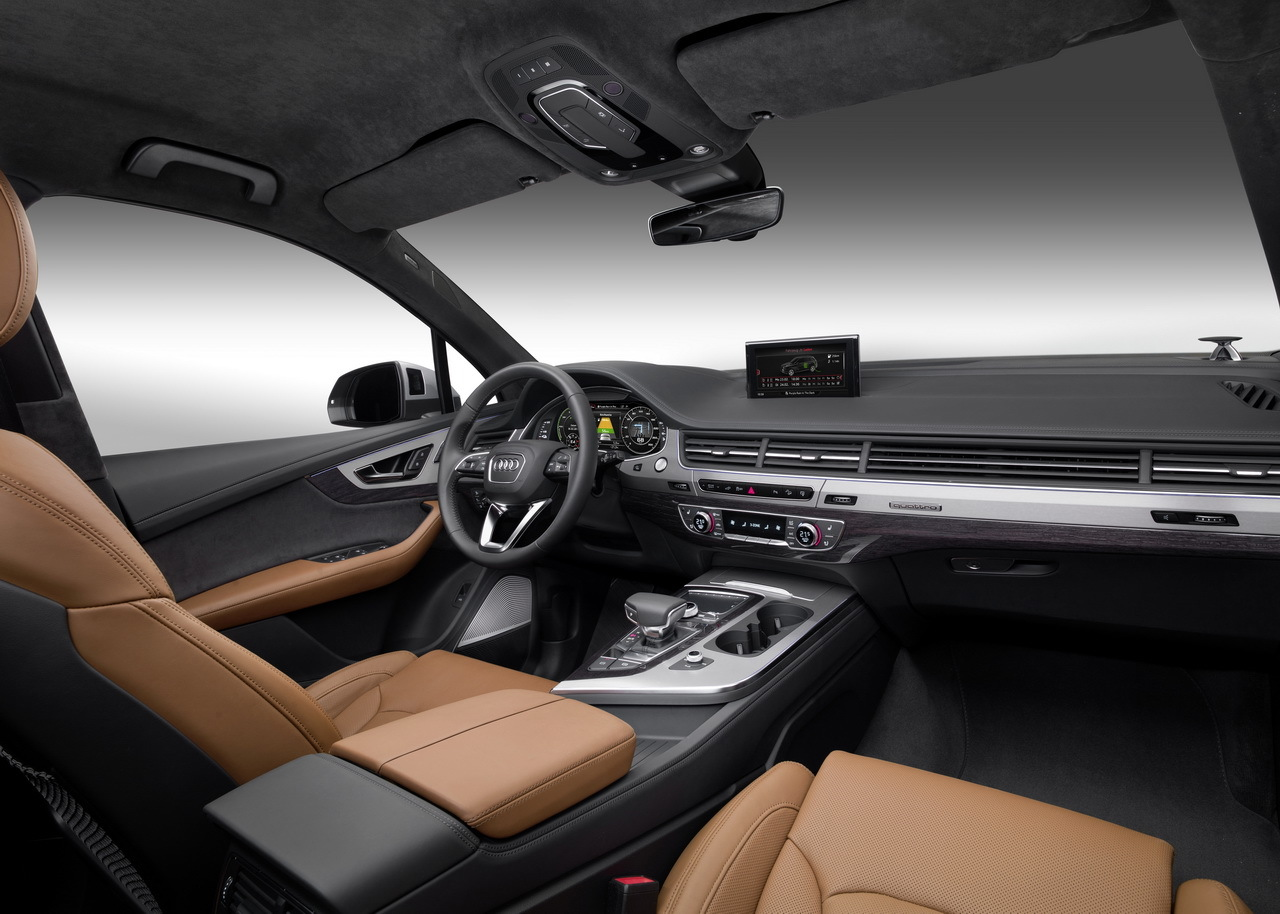 Audi q7 e tron quattro 2015 premi res photos for Interieur q7