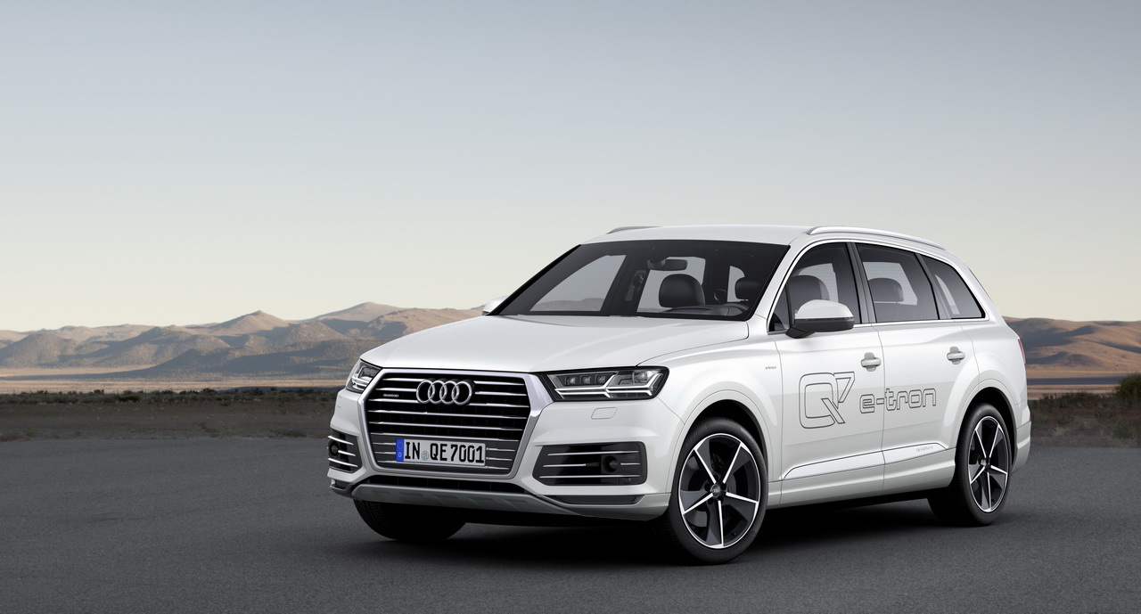 audi q7 e tron quattro 2015 premi res photos. Black Bedroom Furniture Sets. Home Design Ideas