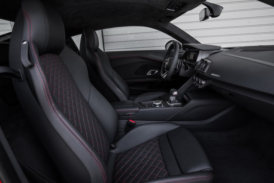 essai audi r8 v10 plus 2015 l 39 efficacit tout prix photo 12 l 39 argus. Black Bedroom Furniture Sets. Home Design Ideas