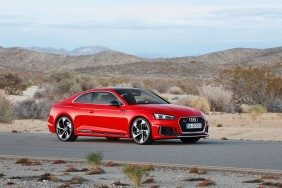 audi RS5 rouge