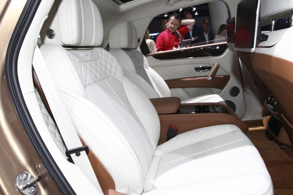 bentley bentayga 2016 le meilleur suv au monde photo 9 l 39 argus. Black Bedroom Furniture Sets. Home Design Ideas