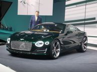 "Une ""baby"" Bentley à Genève : la surprise EXP10 en photos !"