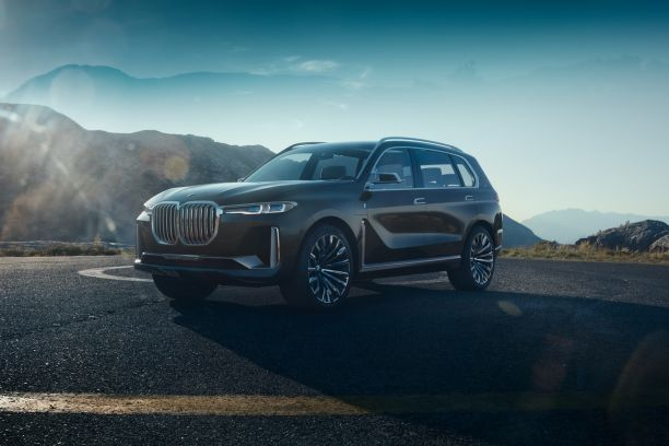 BMW Concept X7 iPerformance vue avant marron