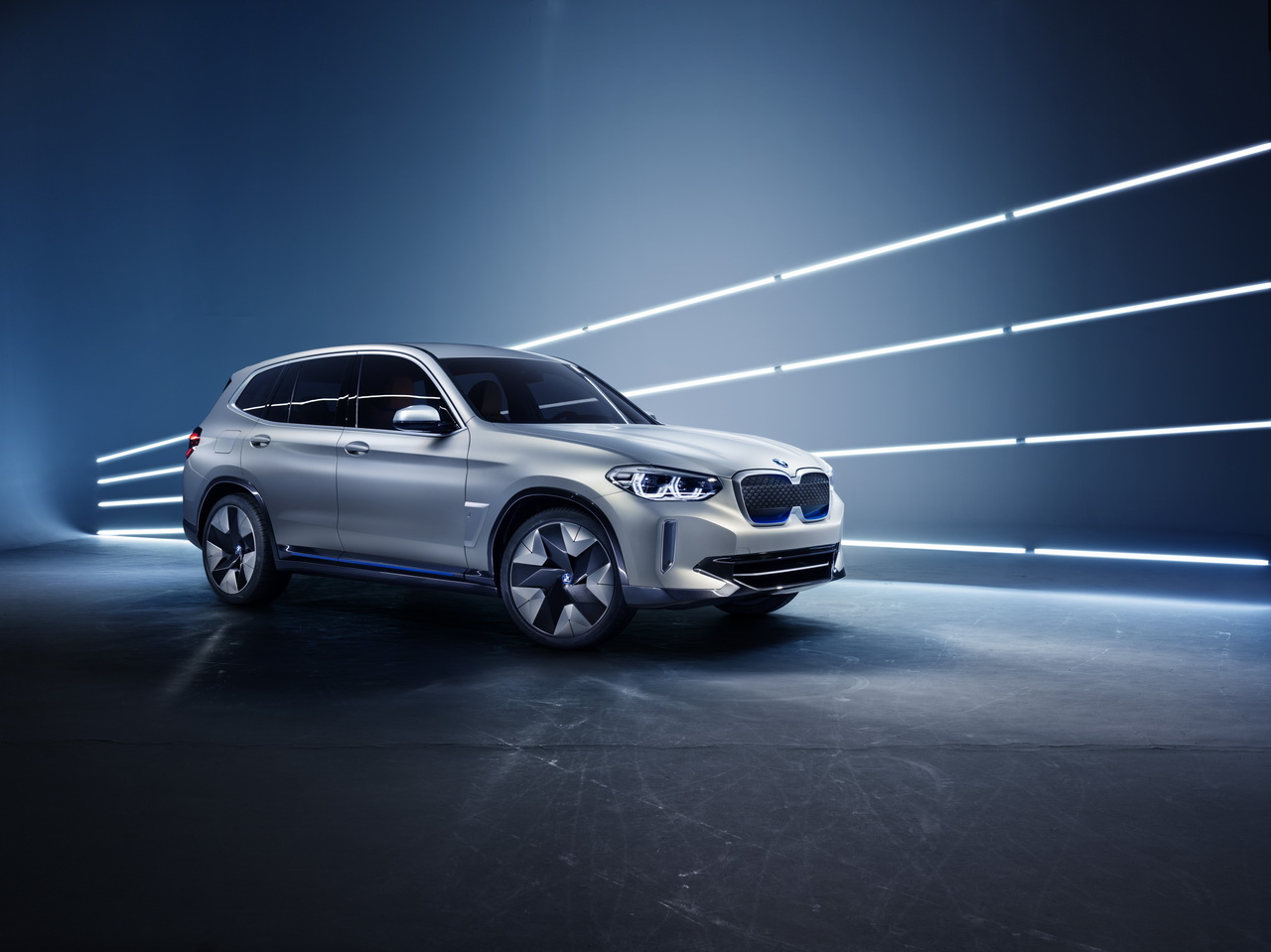 bmw ix3 concept le x3 lectrique de 2020 est pr t photo 1 l 39 argus. Black Bedroom Furniture Sets. Home Design Ideas