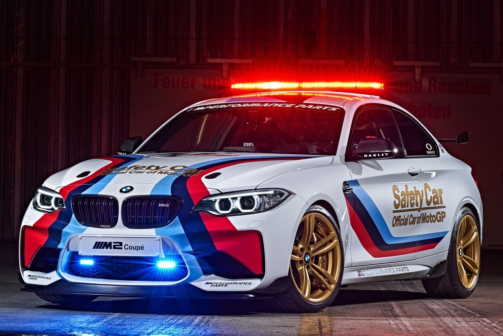 la bmw m2 joue la safety car au championnat de motogp l 39 argus. Black Bedroom Furniture Sets. Home Design Ideas