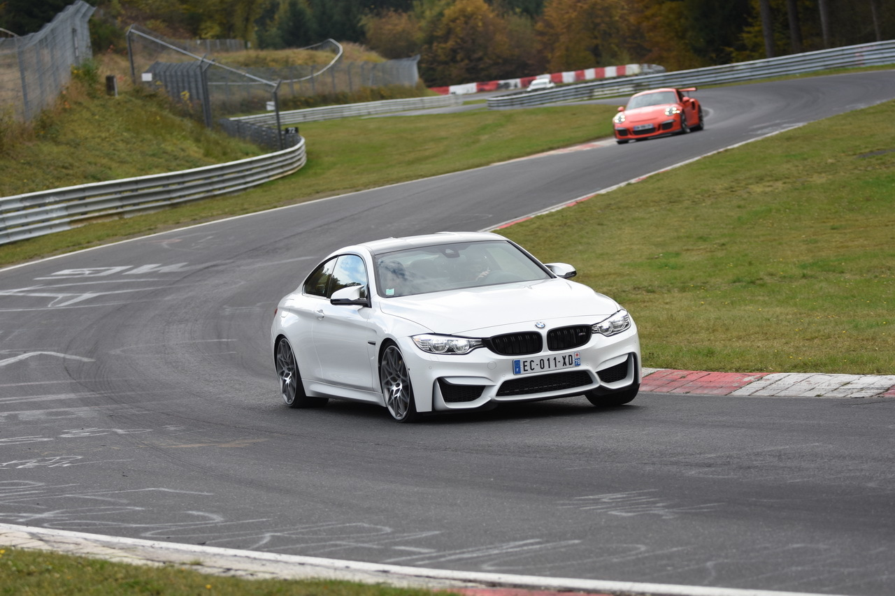bmw m4 pack comp tition l 39 essai extr me au n rburgring photo 6 l 39 argus. Black Bedroom Furniture Sets. Home Design Ideas