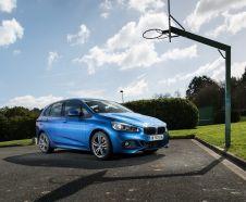 BMW S�rie 2 Active tourer 220d xDrive M Sport bleu avant droit