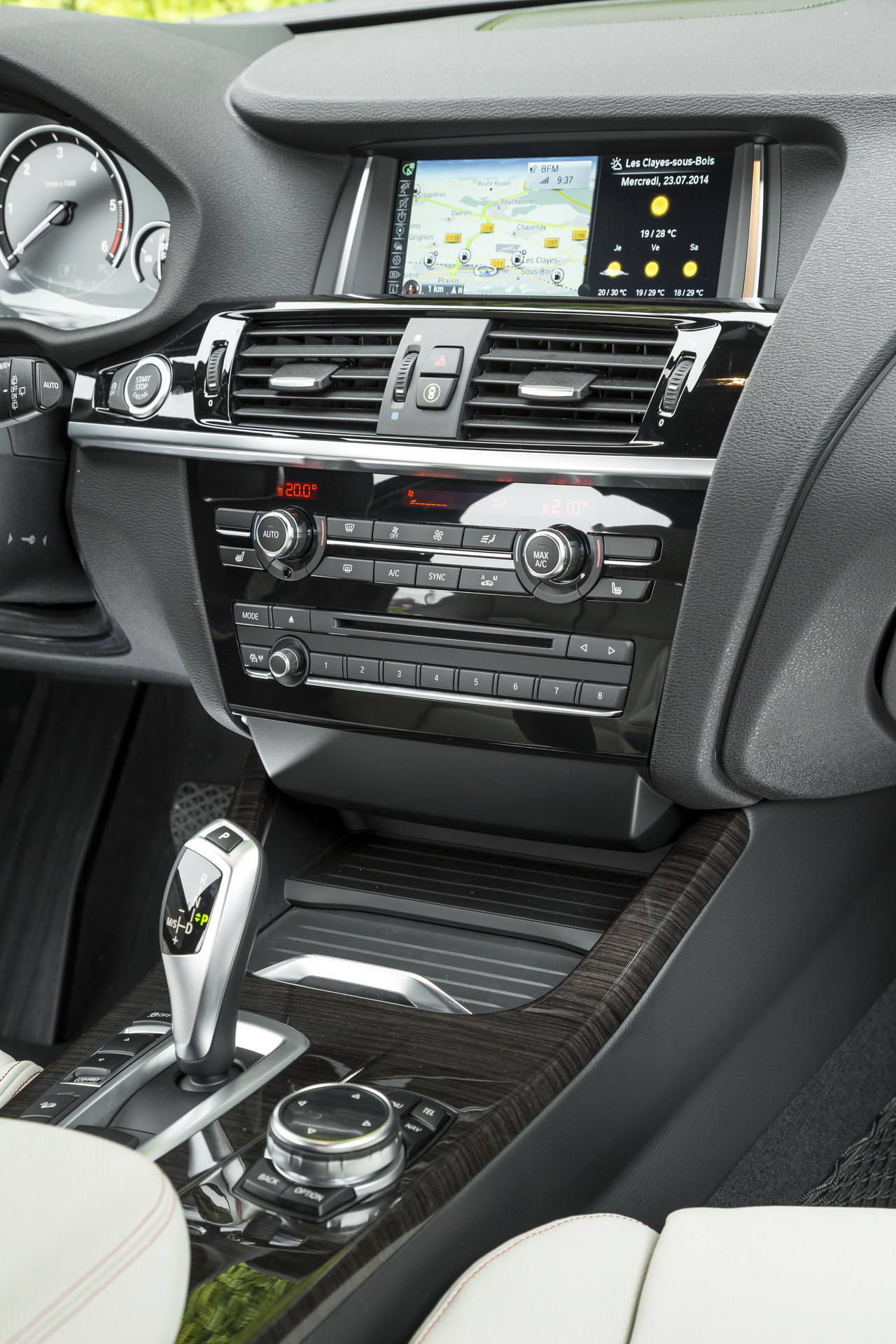 essai bmw x3 20d bva x line de 190 ch retour dans la course 2014 photo 20 l 39 argus. Black Bedroom Furniture Sets. Home Design Ideas