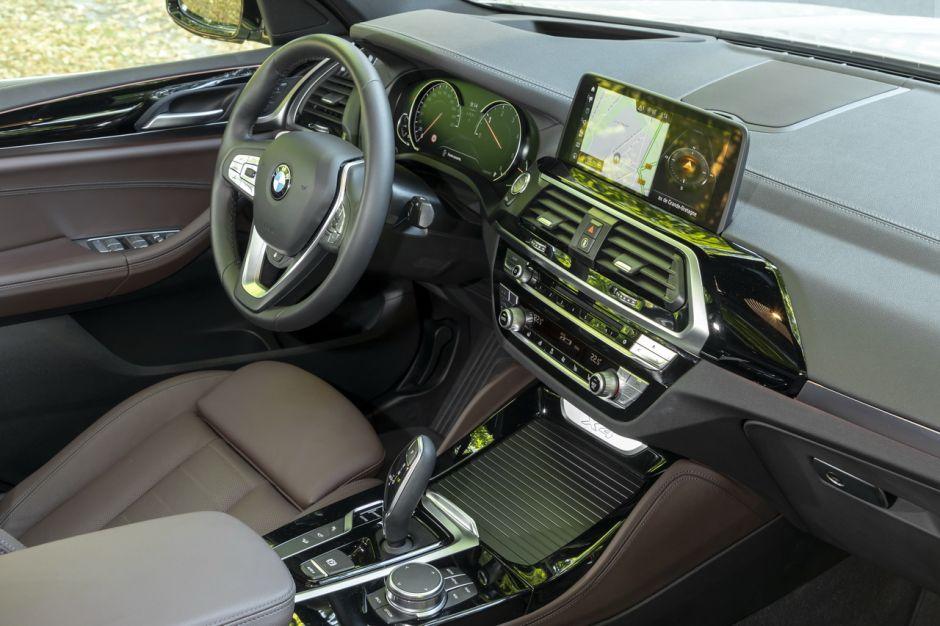 Le BMW X4 20d (2018) défie le Mercedes GLC Coupé 220d ...
