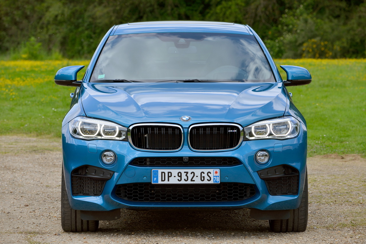 essai bmw x6 m 2015 575 ch dans un suv coup photo 12 l 39 argus. Black Bedroom Furniture Sets. Home Design Ideas