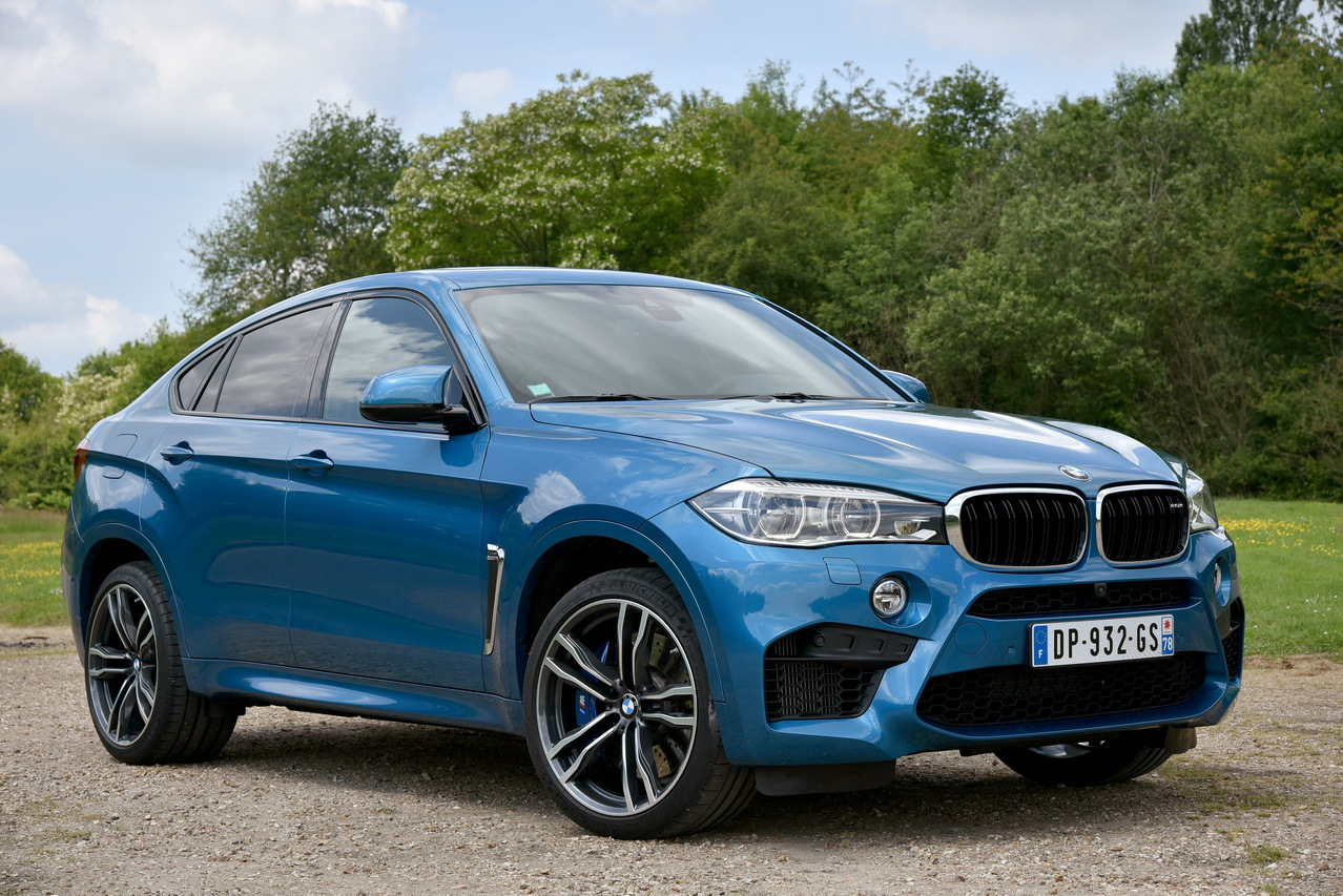 essai bmw x6 m 2015 575 ch dans un suv coup photo 13 l 39 argus. Black Bedroom Furniture Sets. Home Design Ideas