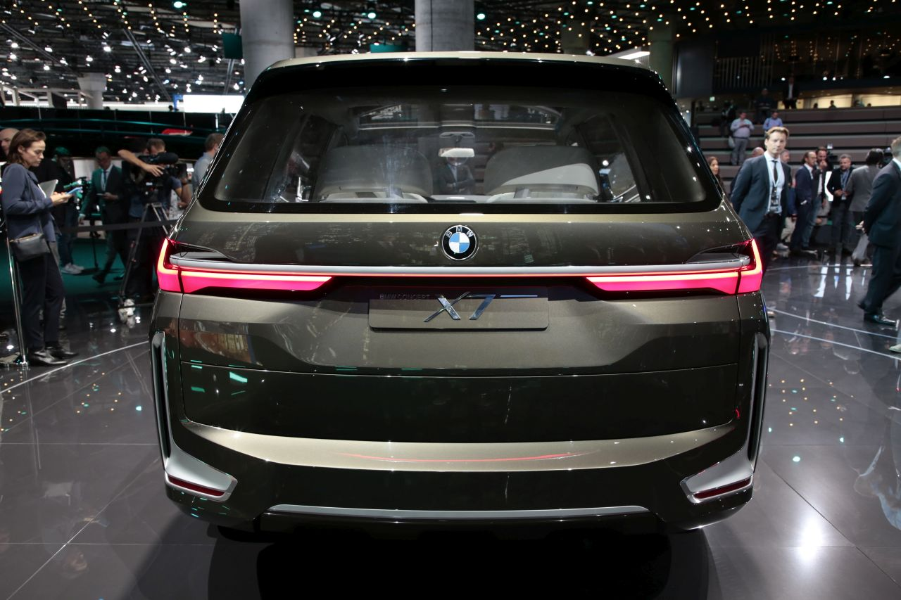 bmw concept x7 l 39 bord du suv xxl photo 5 l 39 argus. Black Bedroom Furniture Sets. Home Design Ideas