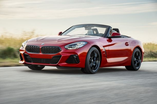 BMW Z4 M40i First Edition rouge vue avant