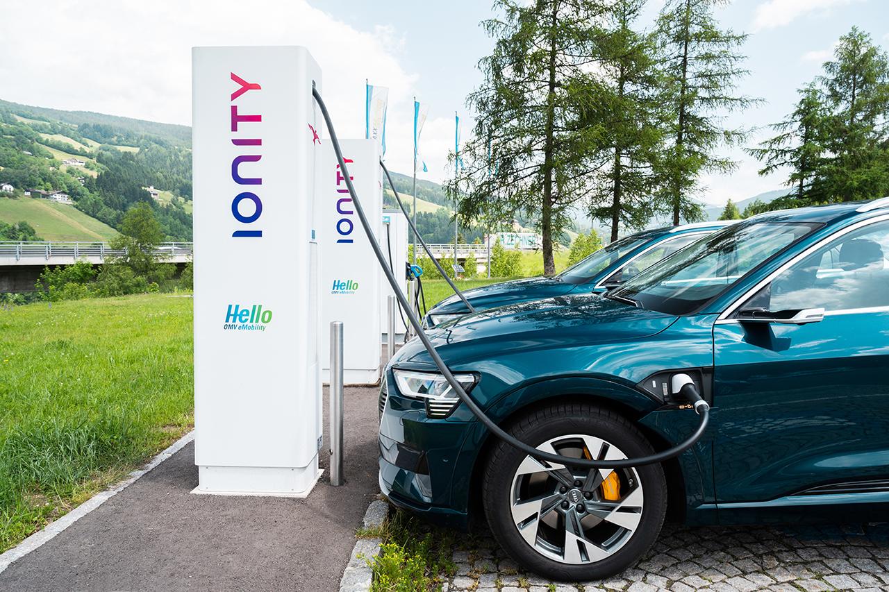 Recharge véhicules électriques : Ionity change ses tarifs