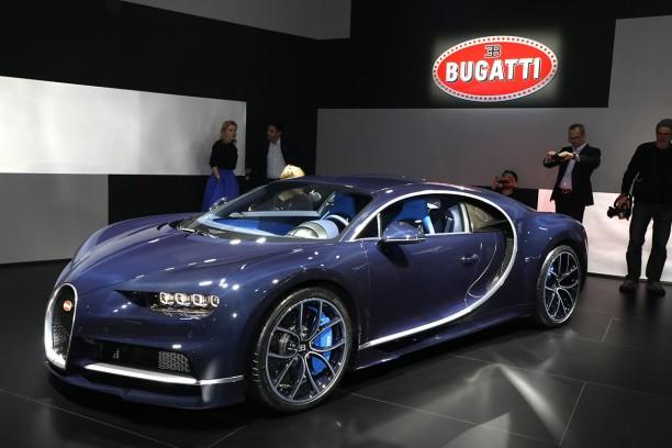 bugatti chiron : une nouvelle teinte « bleu royale » dévoilée à