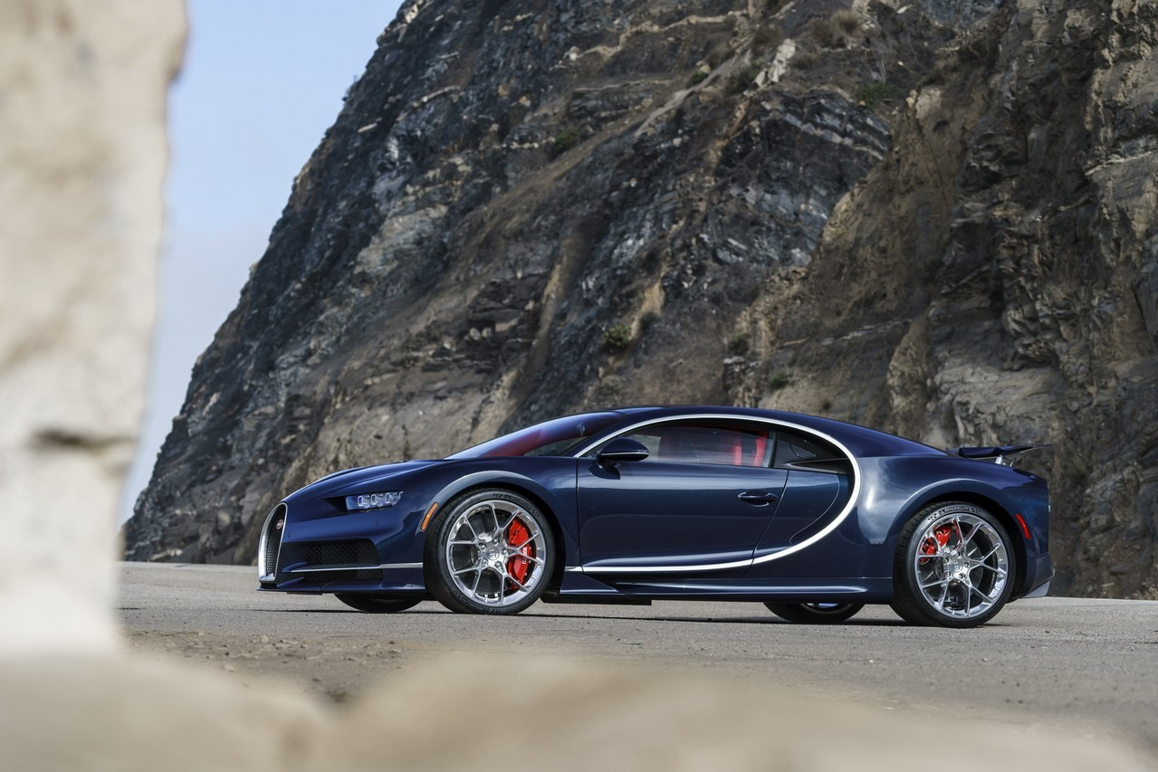 bugatti chiron d j 200 exemplaires r serv s l 39 argus. Black Bedroom Furniture Sets. Home Design Ideas