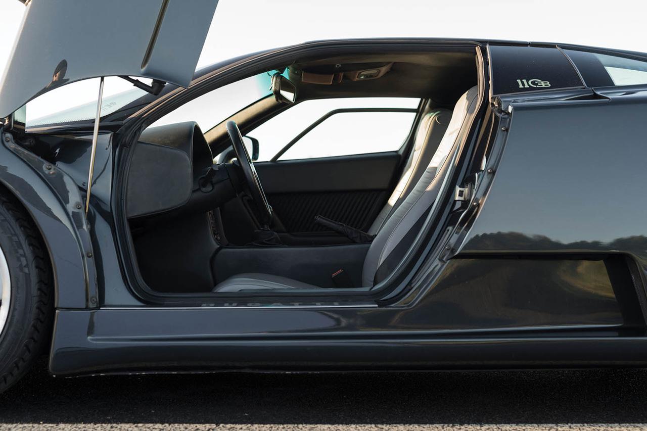 une bugatti eb110 pour seulement 800 000 euros photo 14 l 39 argus. Black Bedroom Furniture Sets. Home Design Ideas