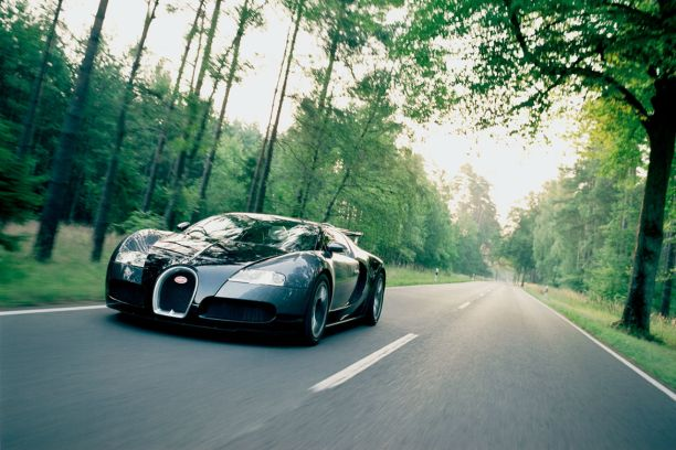 pilotez une bugatti veyron sur autoroute allemande l 39 argus. Black Bedroom Furniture Sets. Home Design Ideas