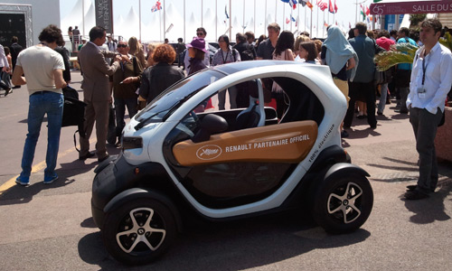 toutes les renault du festival de cannes en images renault twizy l 39 argus. Black Bedroom Furniture Sets. Home Design Ideas
