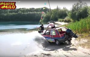 Une Renault 5 convertie en véhicule amphibie