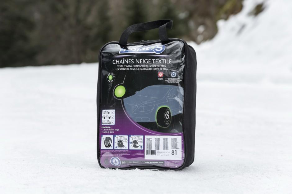 hiver bien s 39 quiper en cha nes pour rouler sur la neige photo 20 l 39 argus. Black Bedroom Furniture Sets. Home Design Ideas