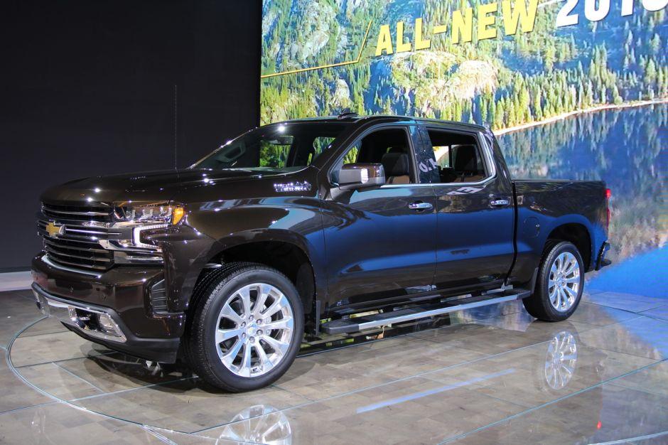 En Image Les Pick Up Au Salon De Los Angeles 2018 Chevrolet