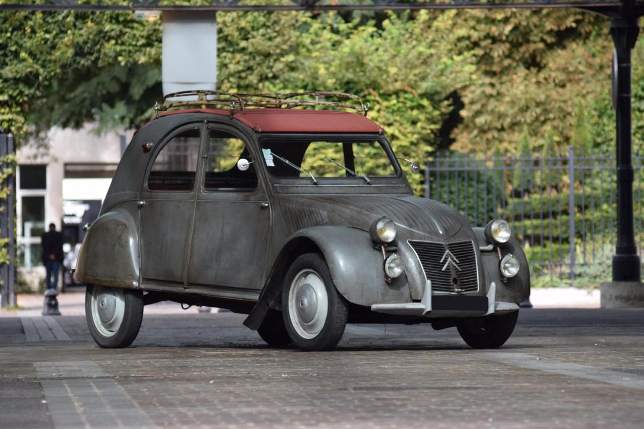 le meilleur de la vente artcurial automobiles sur les champs citro n 2cv azlp 1959. Black Bedroom Furniture Sets. Home Design Ideas