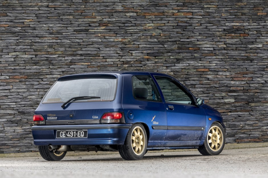 renault clio williams vs clio rs trophy c 39 tait mieux avant photo 9 l 39 argus. Black Bedroom Furniture Sets. Home Design Ideas
