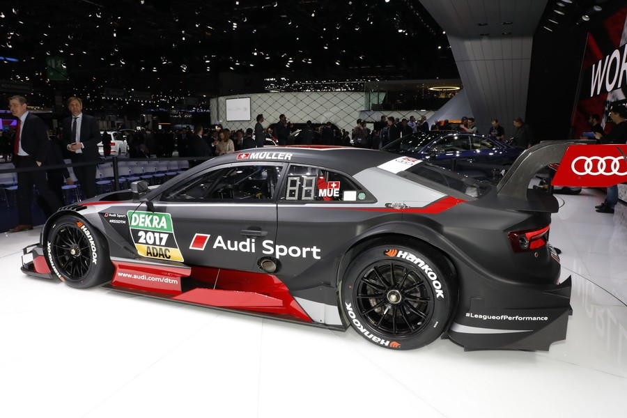 Les voitures de comp tition au salon de gen ve 2017 audi for Salon automobile de geneve 2017