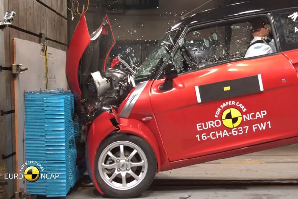 voitures sans permis des crash tests euroncap alarmants l 39 argus. Black Bedroom Furniture Sets. Home Design Ideas