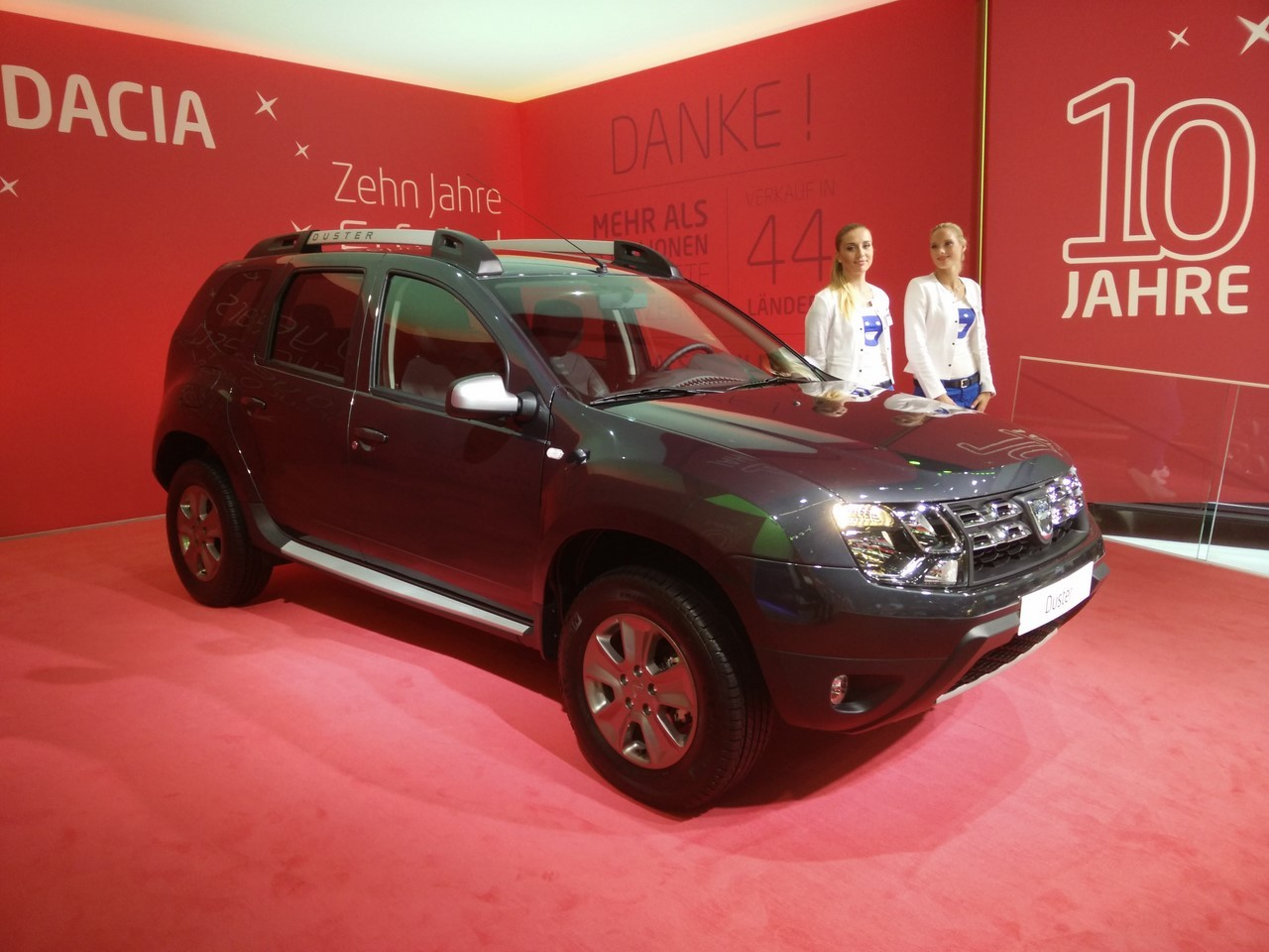 dacia duster 2016 un nouveau duster au salon de francfort 2015 l 39 argus. Black Bedroom Furniture Sets. Home Design Ideas