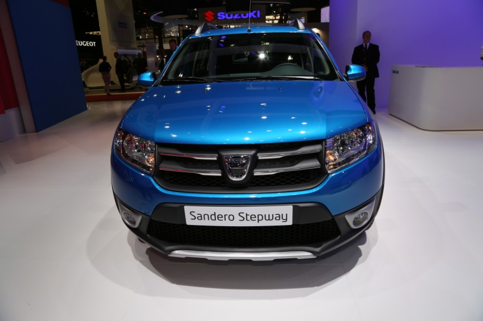 mondial 2014 l 39 incontournable dacia sandero stepway photo 1 l 39 argus. Black Bedroom Furniture Sets. Home Design Ideas