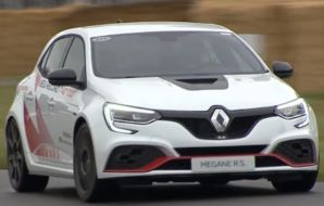 renault mégane rs trophy r goodwood face