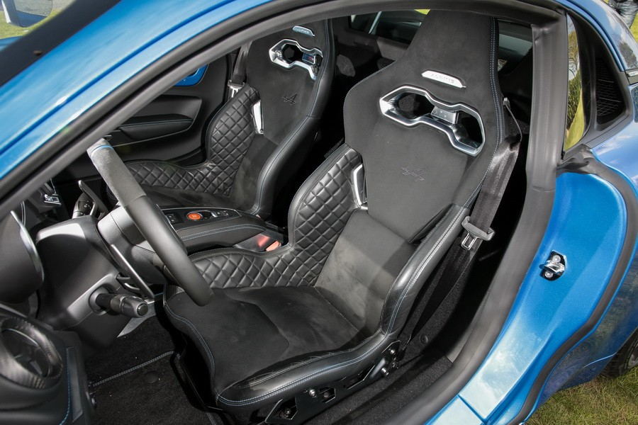 Alpine a110 2017 tous les d tails en images alpine for Interieur alpine a110