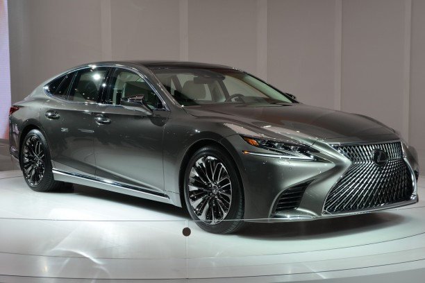 lexus ls 2017 premi res photos officielles detroit l 39 argus. Black Bedroom Furniture Sets. Home Design Ideas