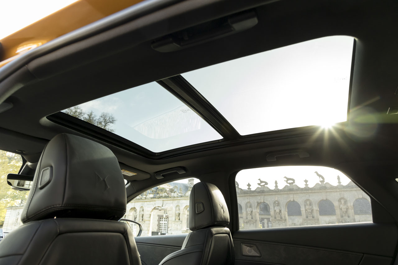 essai ds7 crossback au volant du premier suv de ds photo 28 l 39 argus. Black Bedroom Furniture Sets. Home Design Ideas