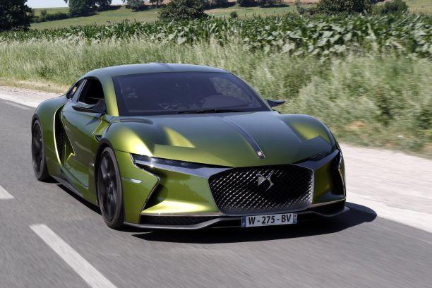 2020 - [DS Automobiles] DS 8 (X83) - Page 40 Ds-e-tense-concept-roulant-01