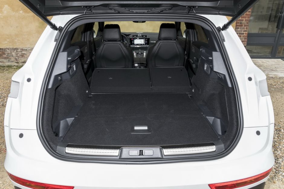 essai comparatif le ds7 crossback d fie le volvo xc60 photo 46 l 39 argus. Black Bedroom Furniture Sets. Home Design Ideas