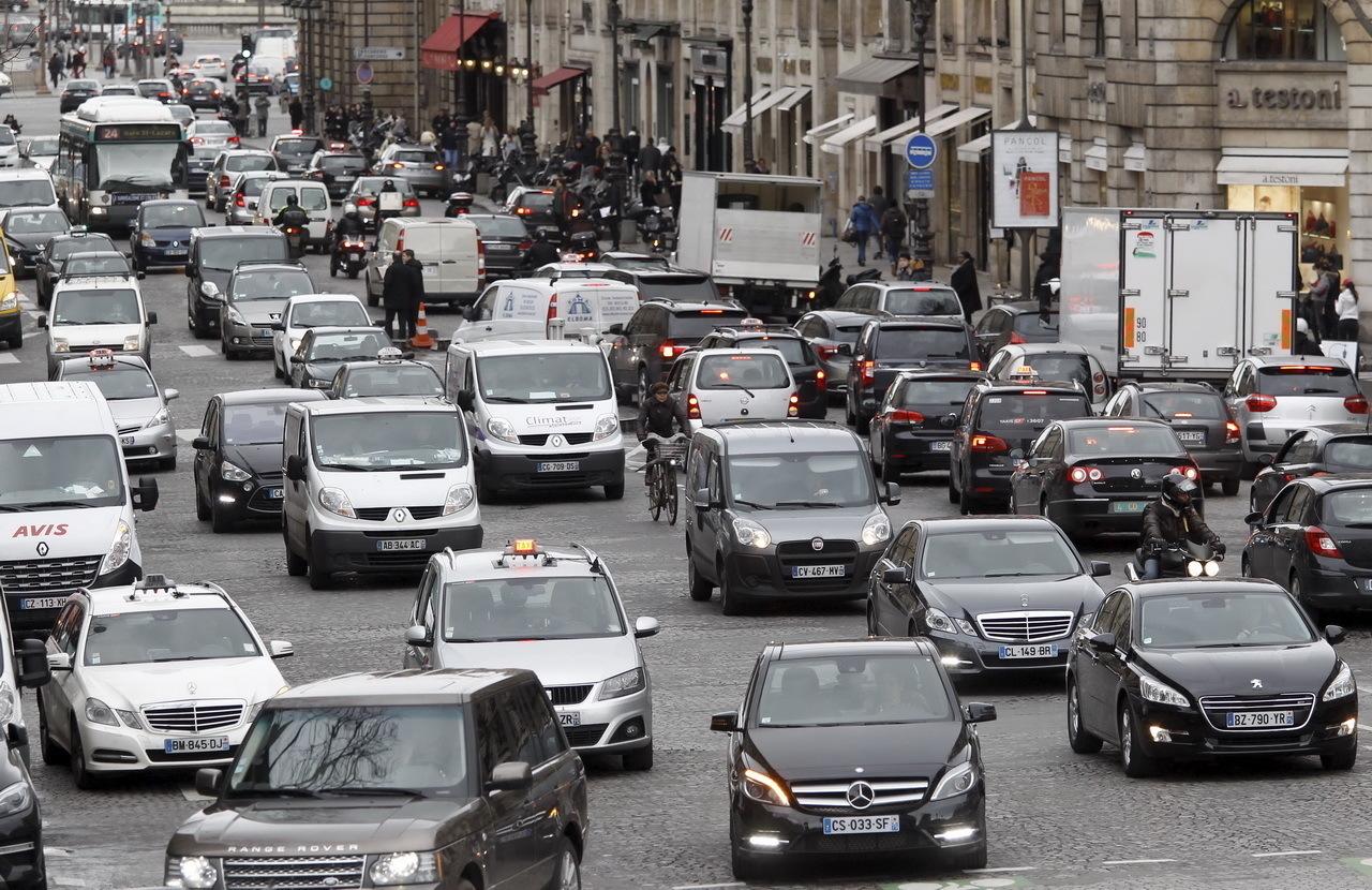 2019 Juillet Vieux Paris Diesels Les Interdits Dès L'argus Grand 0YRqgxY