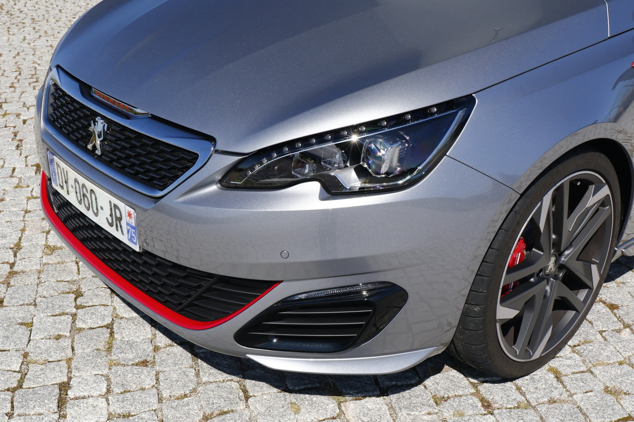 essai 308 gti 2015 notre avis d taill sur la nouvelle peugeot sport photo 23 l 39 argus. Black Bedroom Furniture Sets. Home Design Ideas