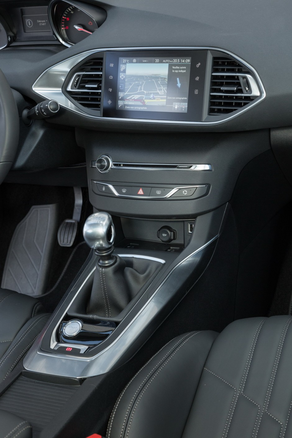essai peugeot 308 notre avis sur la nouvelle 308 1 6 e hdi de 115 ch photo 27 l 39 argus. Black Bedroom Furniture Sets. Home Design Ideas