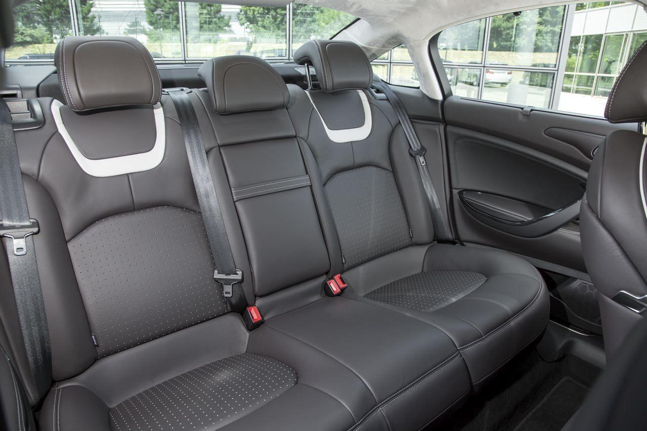 Essai Citroën C5 BlueHDi 180 (2015) : la routière grand confort ...