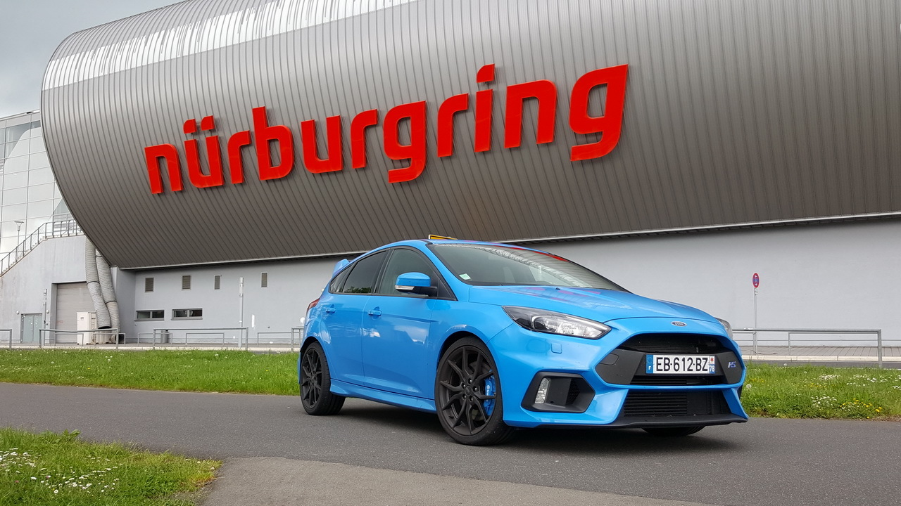 essai ford focus rs le test au n rburgring et sur. Black Bedroom Furniture Sets. Home Design Ideas