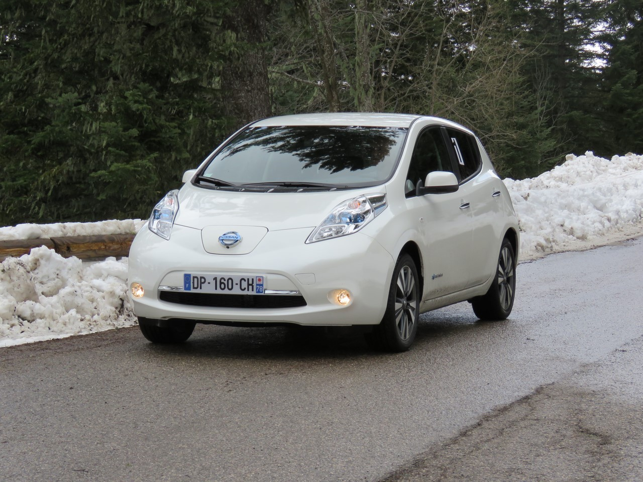 in dit mon rallye en nissan leaf lectrique photo 1 l 39 argus. Black Bedroom Furniture Sets. Home Design Ideas