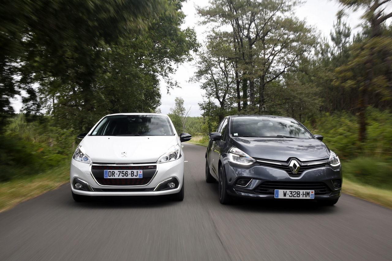 essai comparatif la renault clio restyl e d fie la peugeot 208 l 39 argus. Black Bedroom Furniture Sets. Home Design Ideas